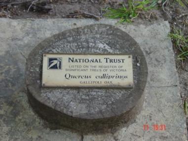 National Trust plaque at Geelong Grammar